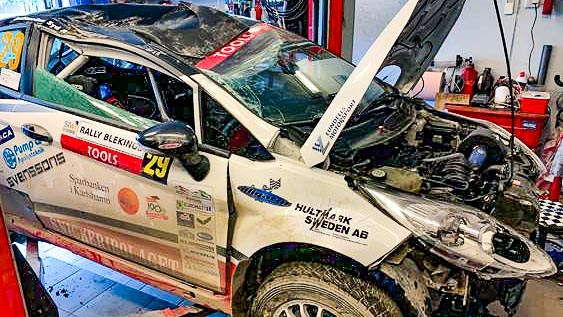 hägg motorsport rullade i sparbanken i karlshamn rally blekinge